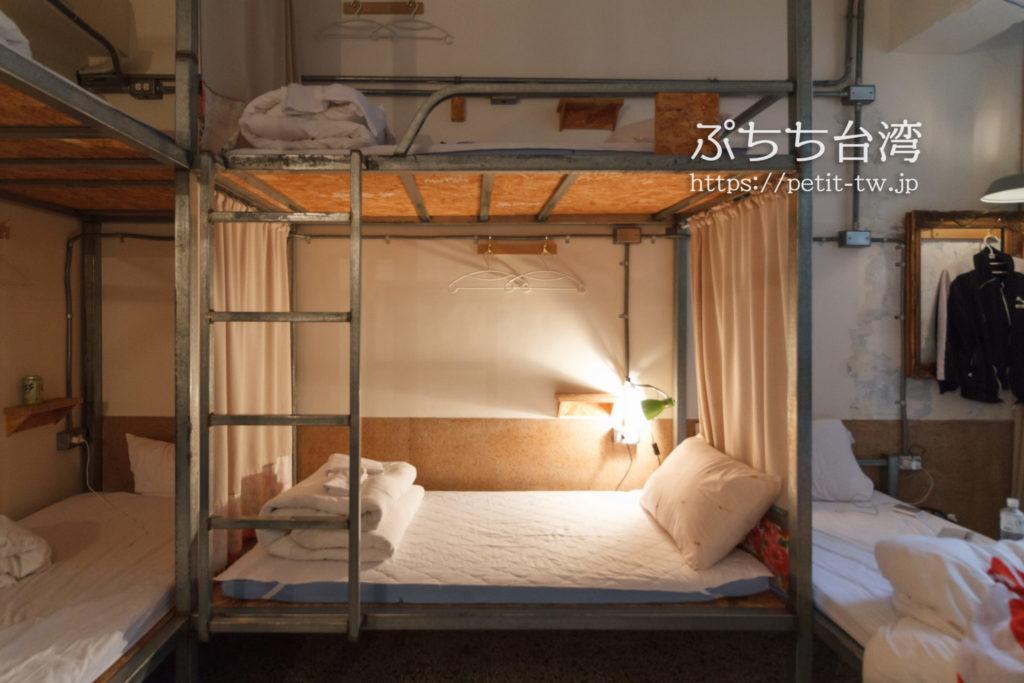 365.合日旅所のベッド