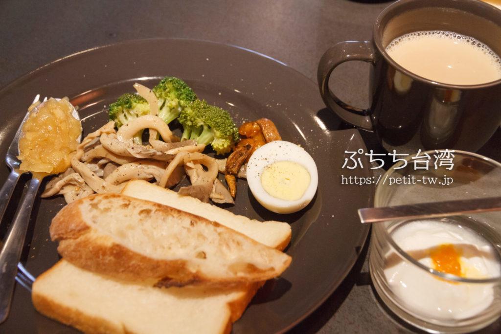 台南Hii Hubの朝食