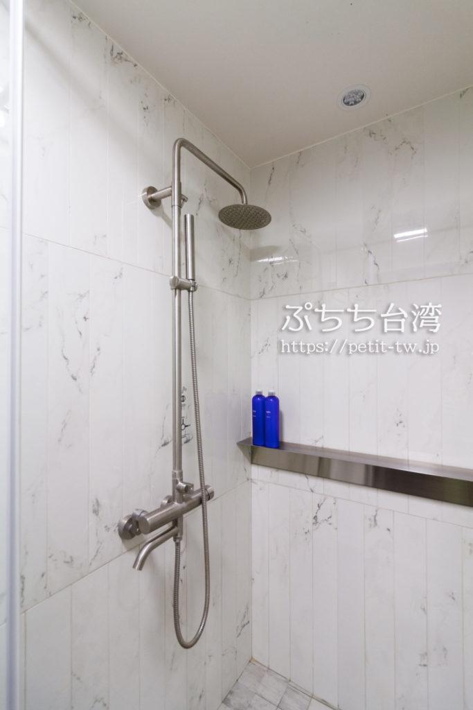 Hii Hubのシャワールーム