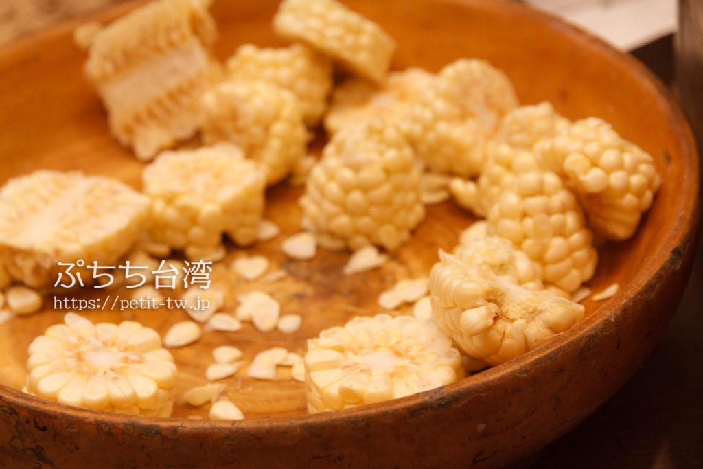 東大門國際觀光夜市の林記焼番黍
