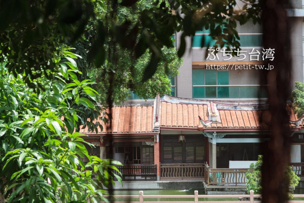 台南の呉園の建物