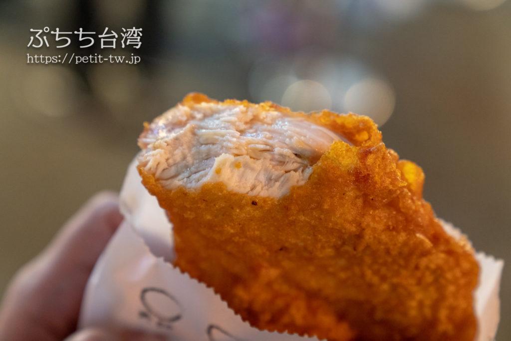 瑞豐夜市の天使鶏排のフライドチキン