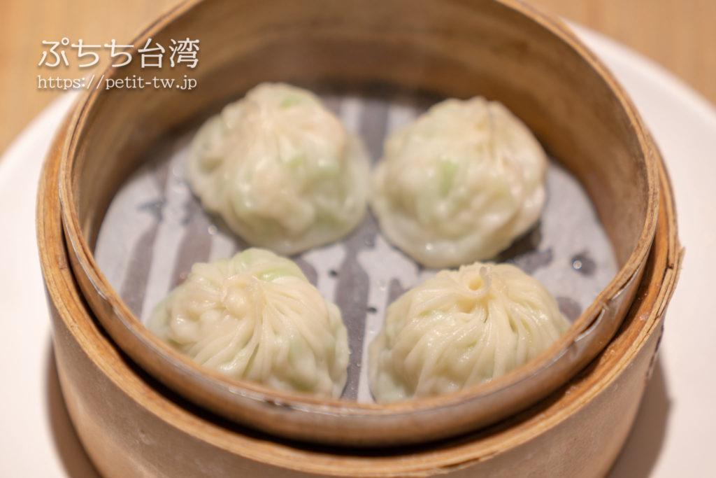 杭州小籠湯包民生東路店のヘチマとえびの小籠包