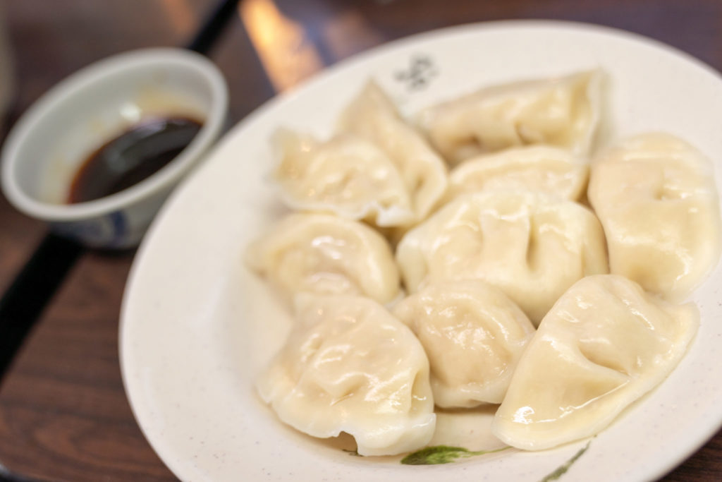 富宏牛肉麺の水餃子