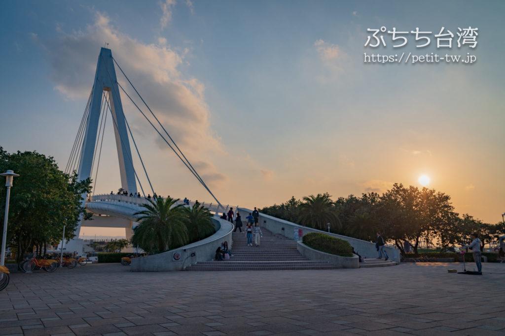 台湾の淡水の情人橋