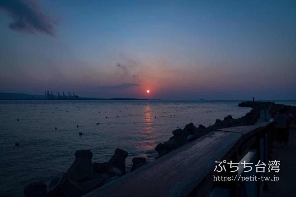 台湾の淡水の夕日