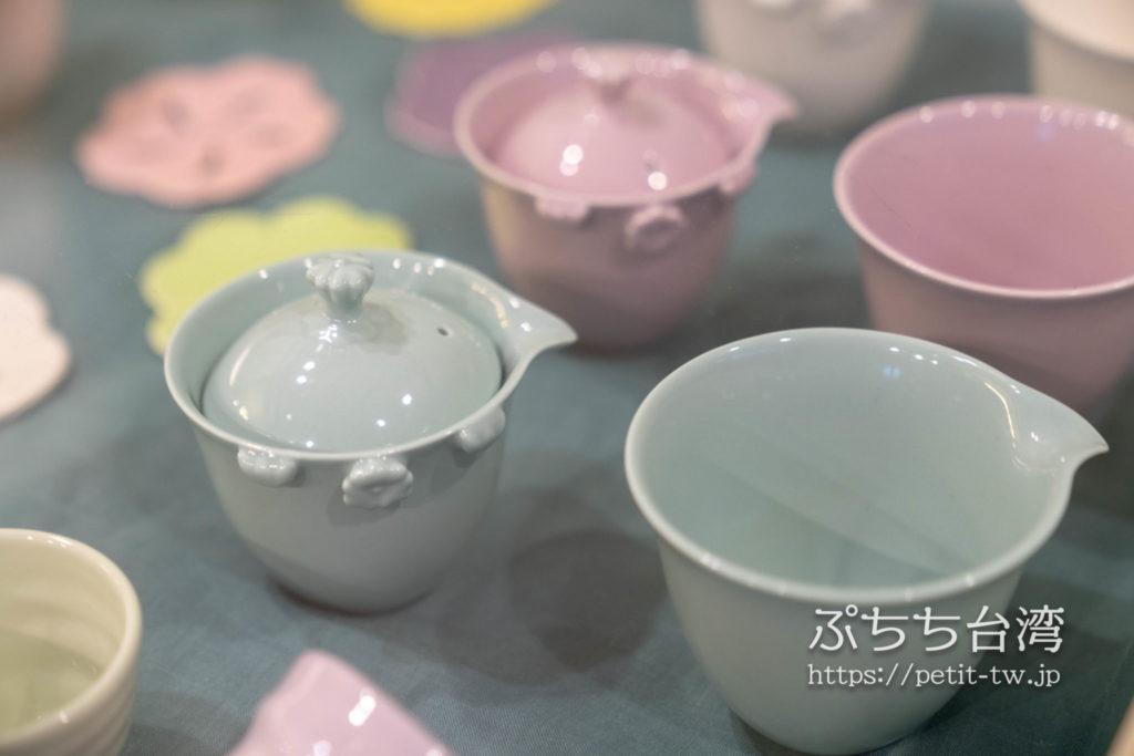 水心月茶坊の店内の茶器