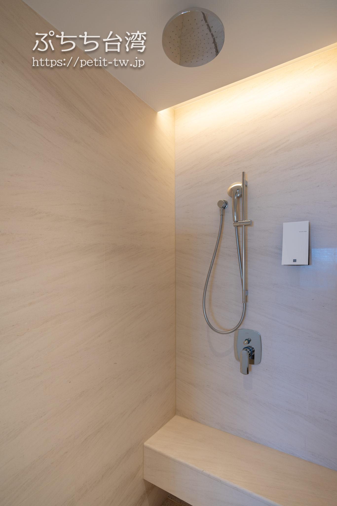 台北マリオットホテル(台北萬豪酒店)のバスルーム