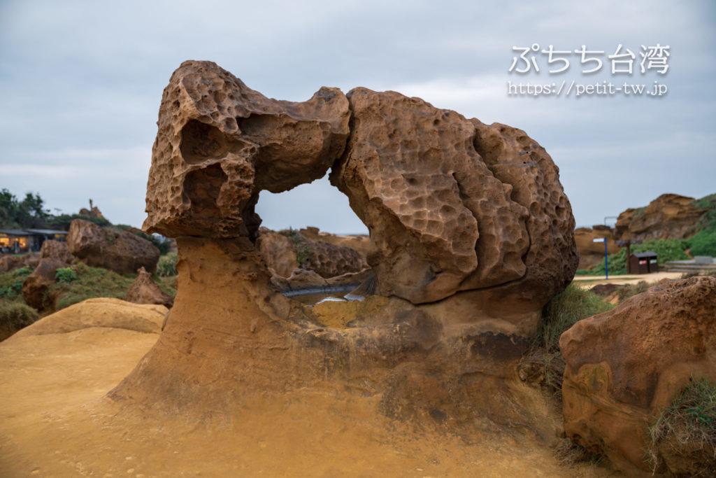 野柳地質公園のミイラ岩