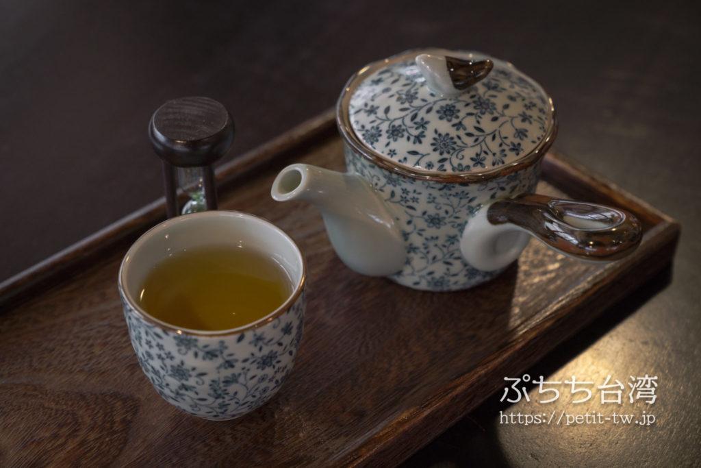 書店喫茶一二三亭の烏龍茶
