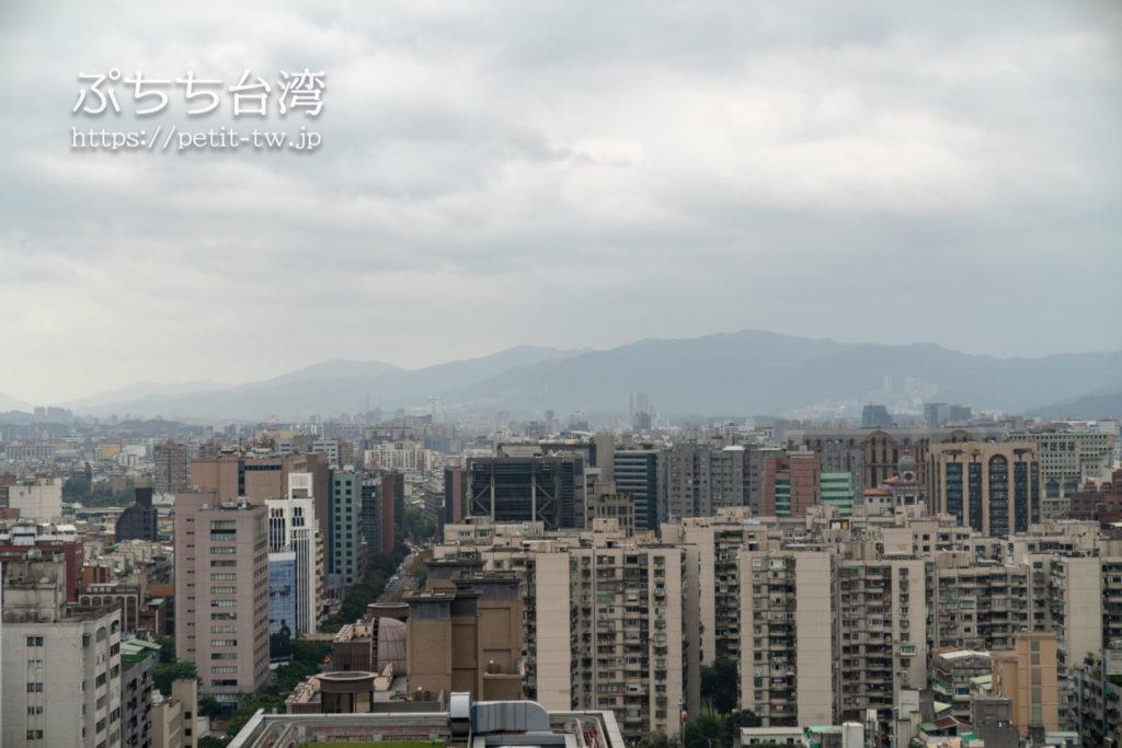 コートヤード バイ マリオット台北ダウンタウンのエグゼクティブルームの眺望