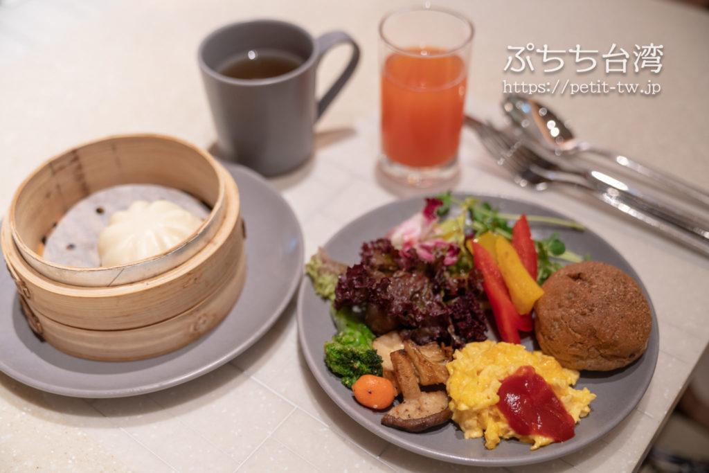コートヤード バイ マリオット台北ダウンタウンの朝食会場MJ Kitchen
