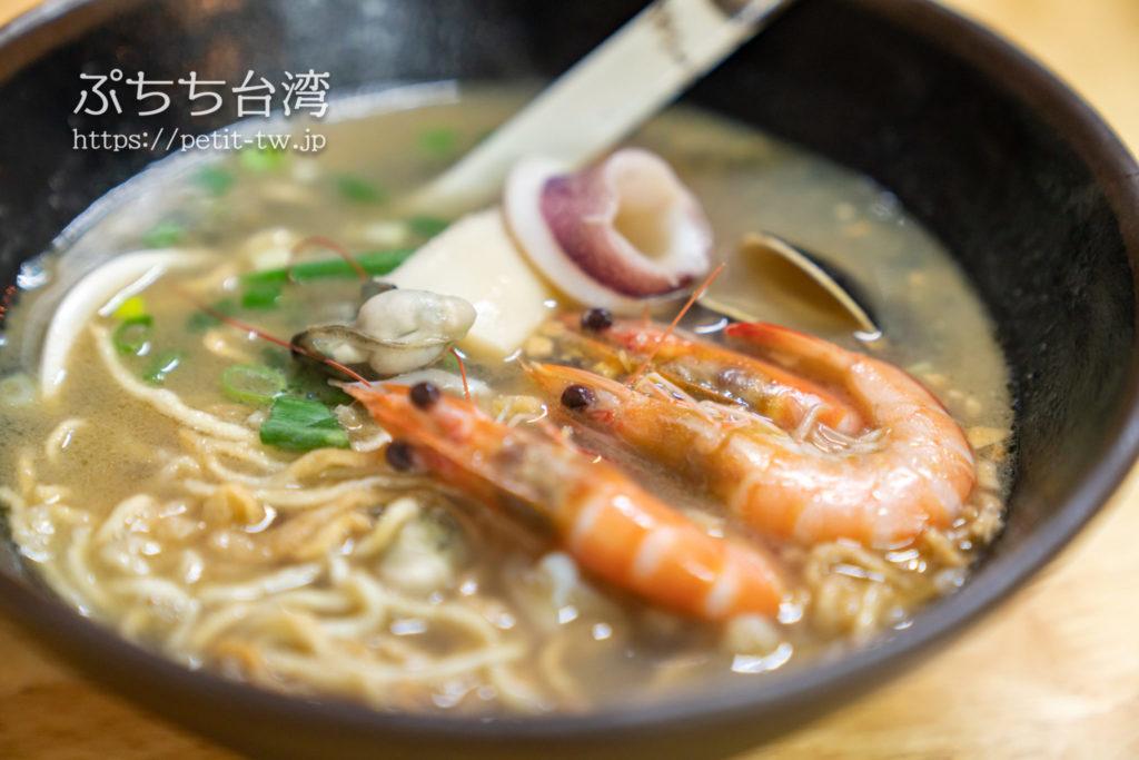 佰九海產粥の意麺