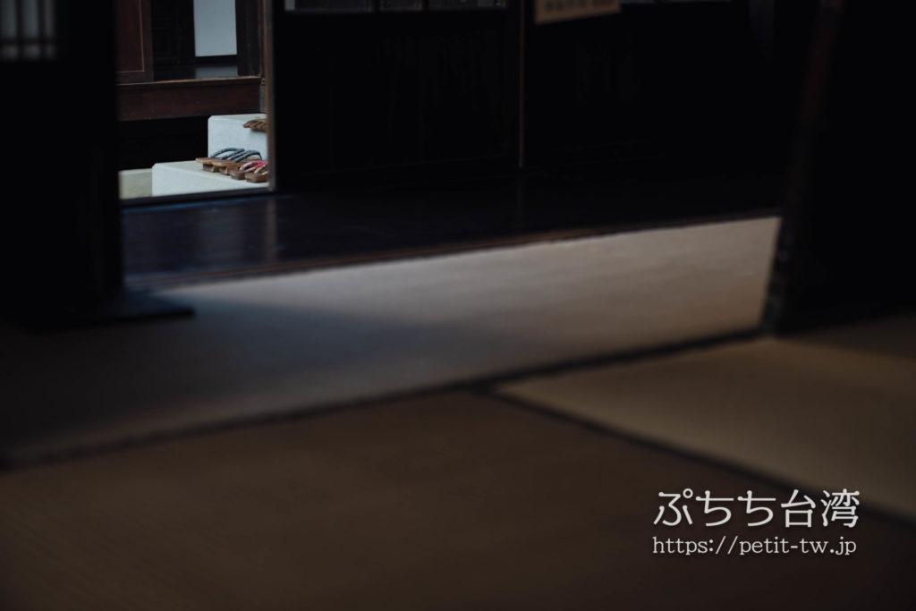 台南の旧料亭の鶯料理の和室