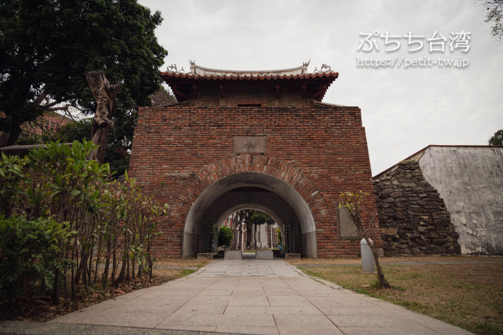 台南の成功大学キャンパスの史跡