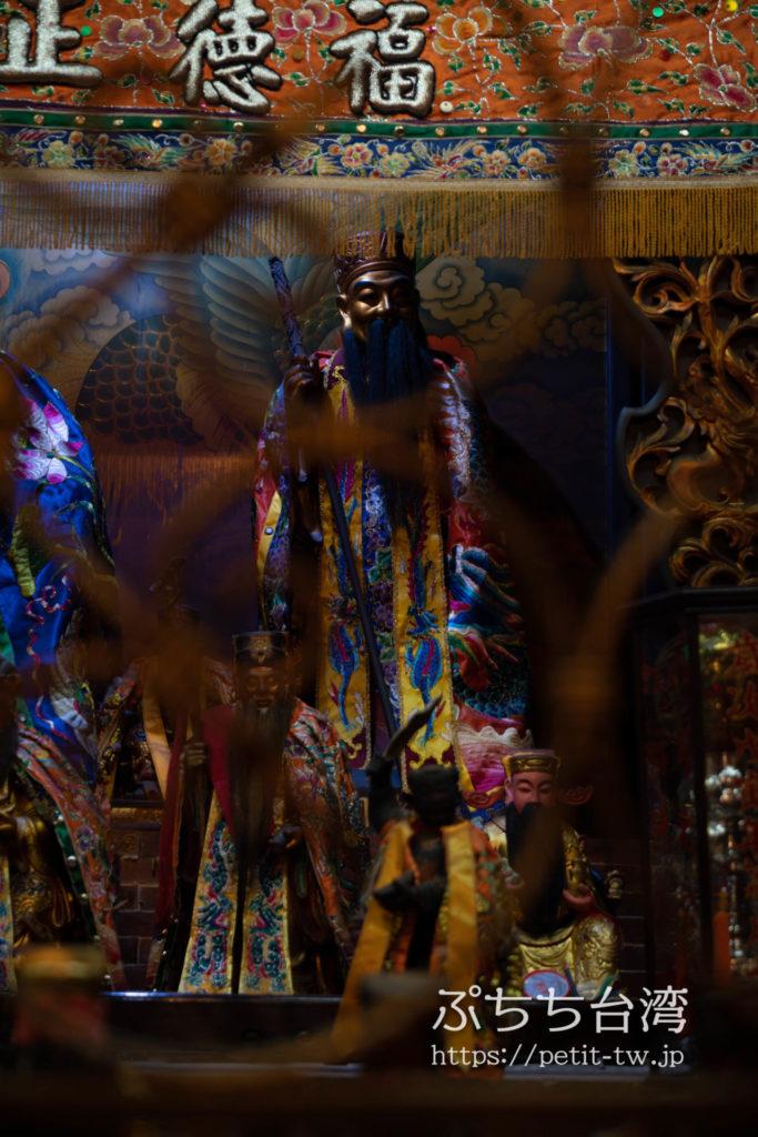 台南の大天后宮の月下老人