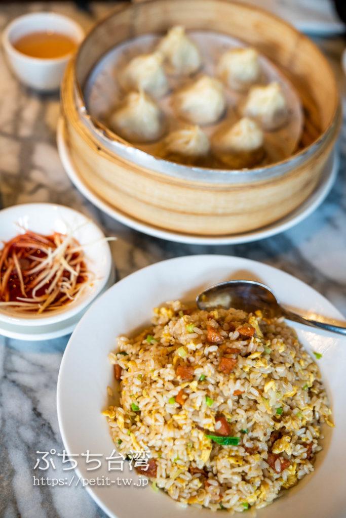 シルクスパレス(故宮晶華、Silks Palace)の小籠包とカラスミ炒飯