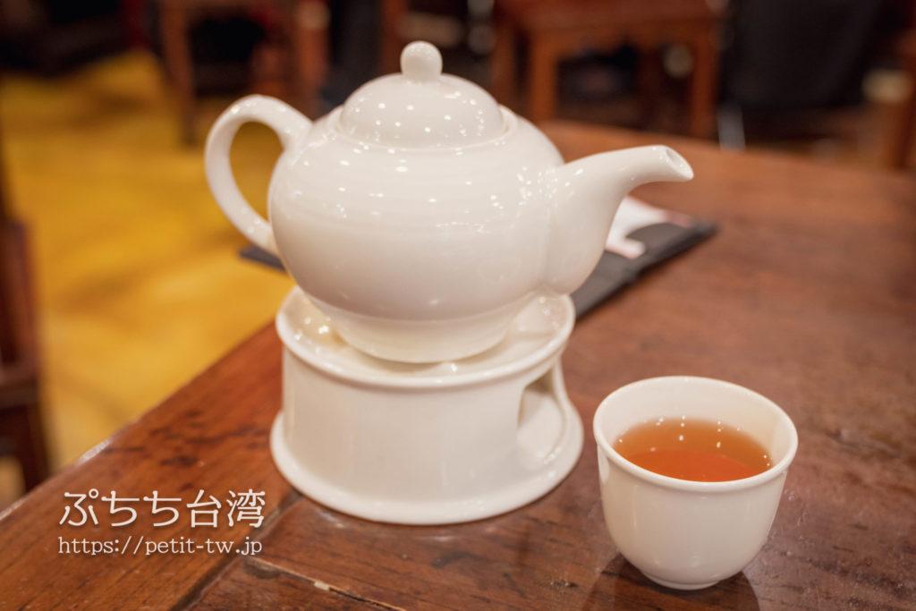 點水樓(台北SOGO店)のお茶