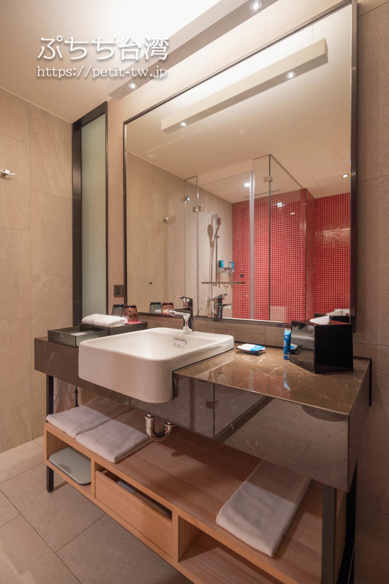 アロフト台北北投のバスルーム