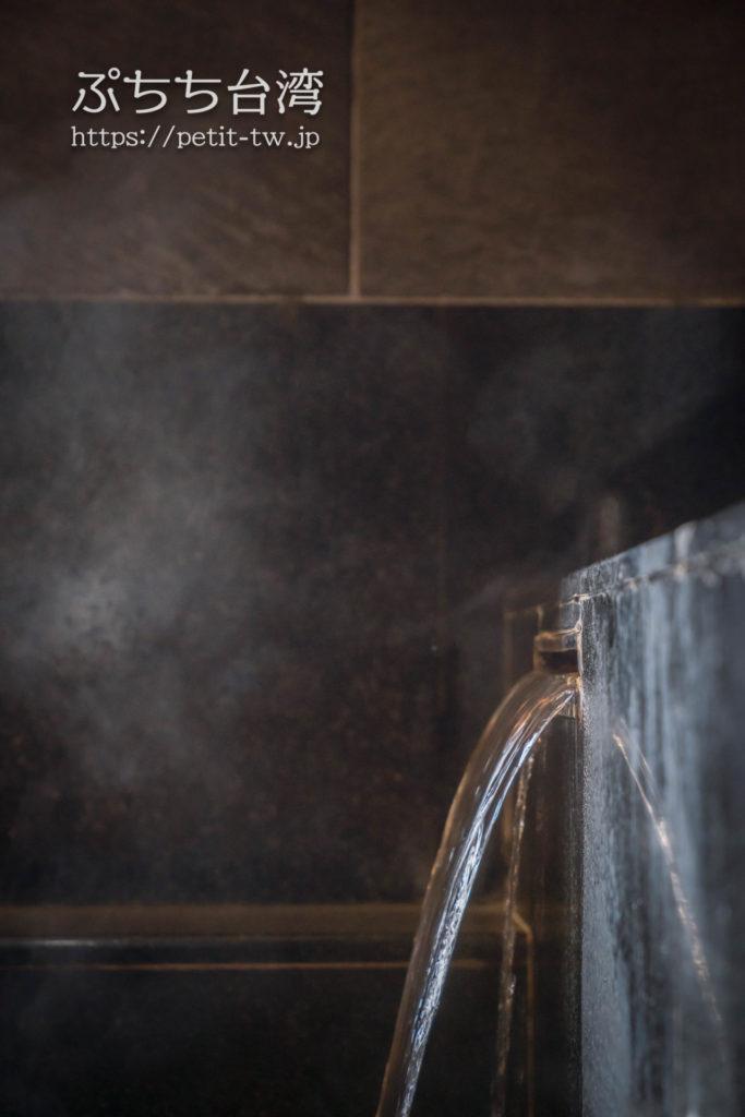 ザガイアホテル(大地酒店)の日帰り温泉施設の貸切個室風呂の源泉掛け流し