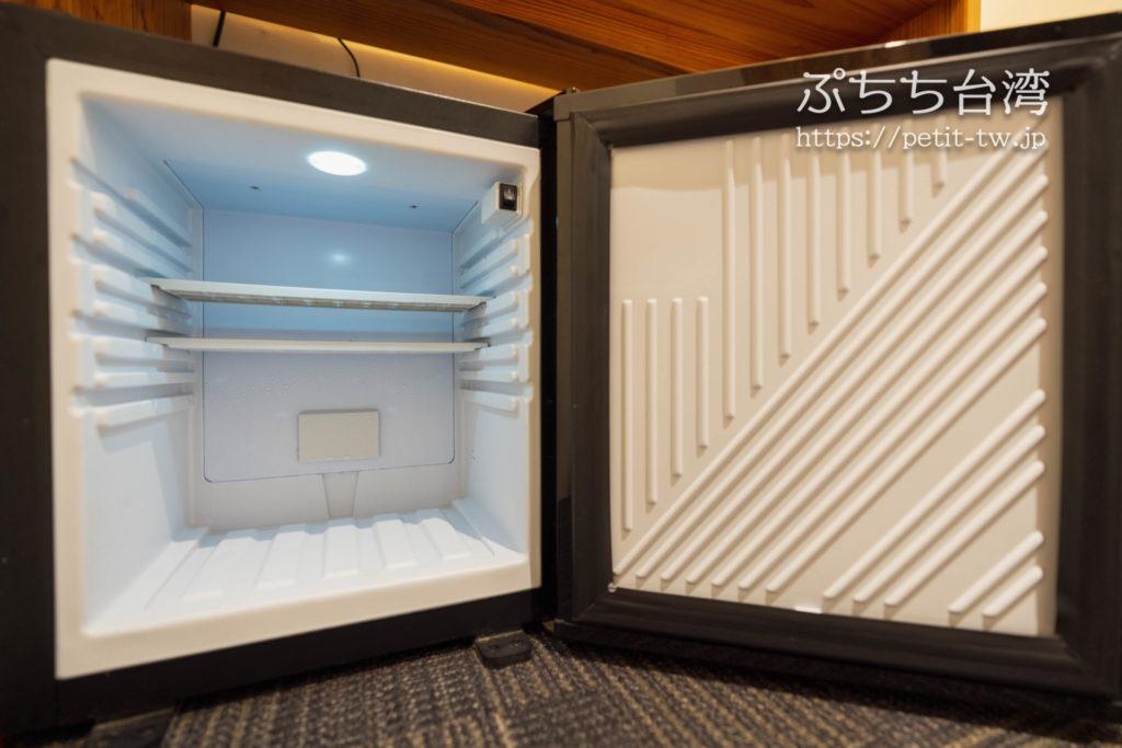 スターホステル台北イースト Star Hostel Taipei Eastのツインルームの冷蔵庫