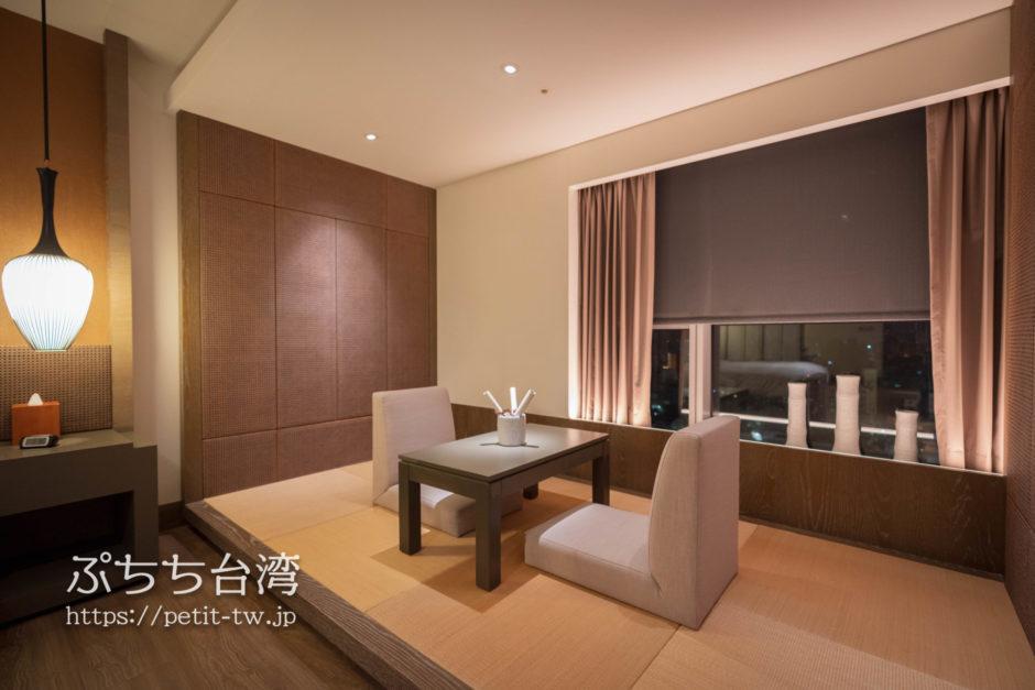 シルクスプレイス台南のジュニアスイートの客室