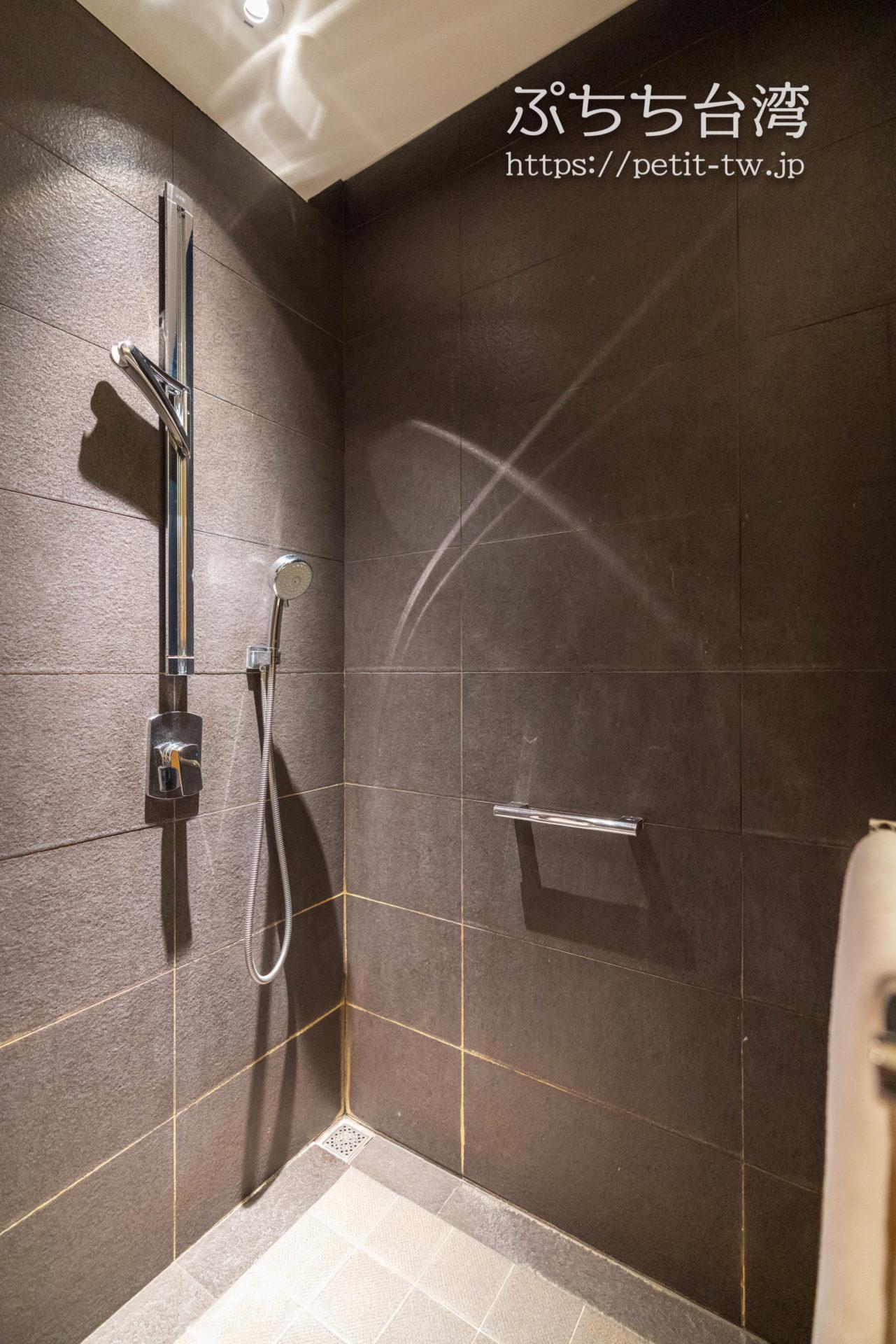ホテル ドゥア高雄 バスルーム