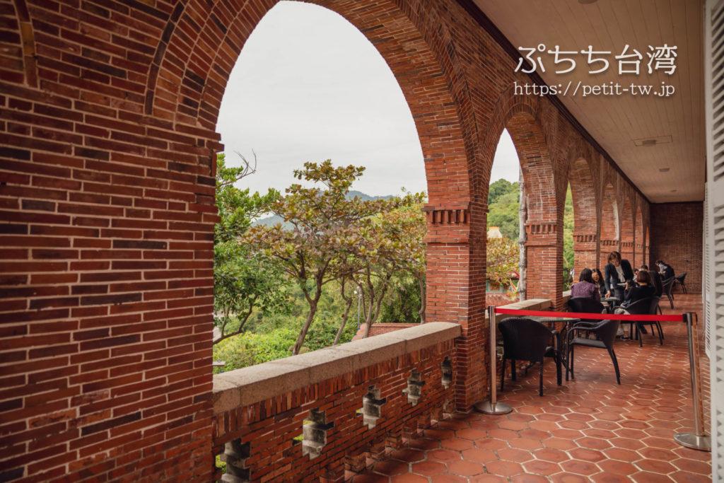 古典玫瑰園 Tea & Art 打狗英國領事館文化園區の赤レンガテラス