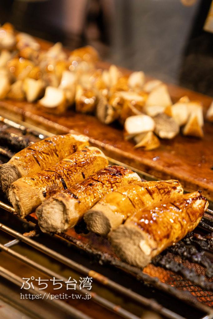 士林夜市の焼きエリンギ、燒烤杏鮑菇